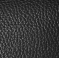 noir sur cuir grainé